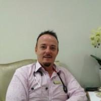 Dr Pierce Van Tonder